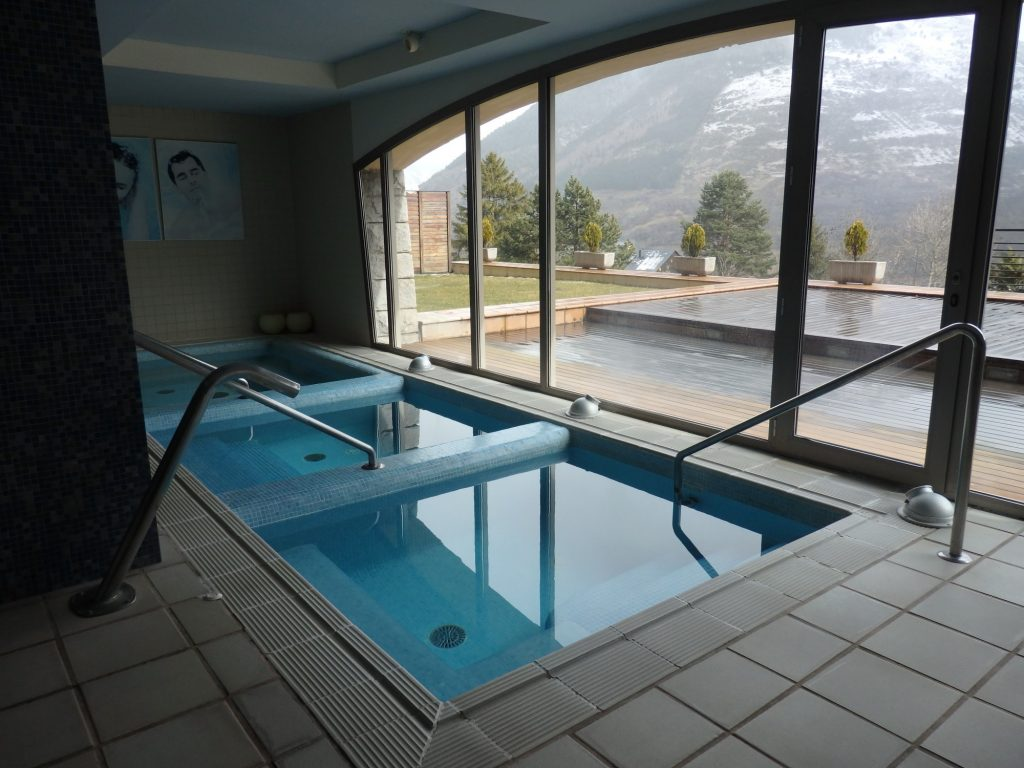 a spa with a view, in Vielha, Val d'Aran, Spain