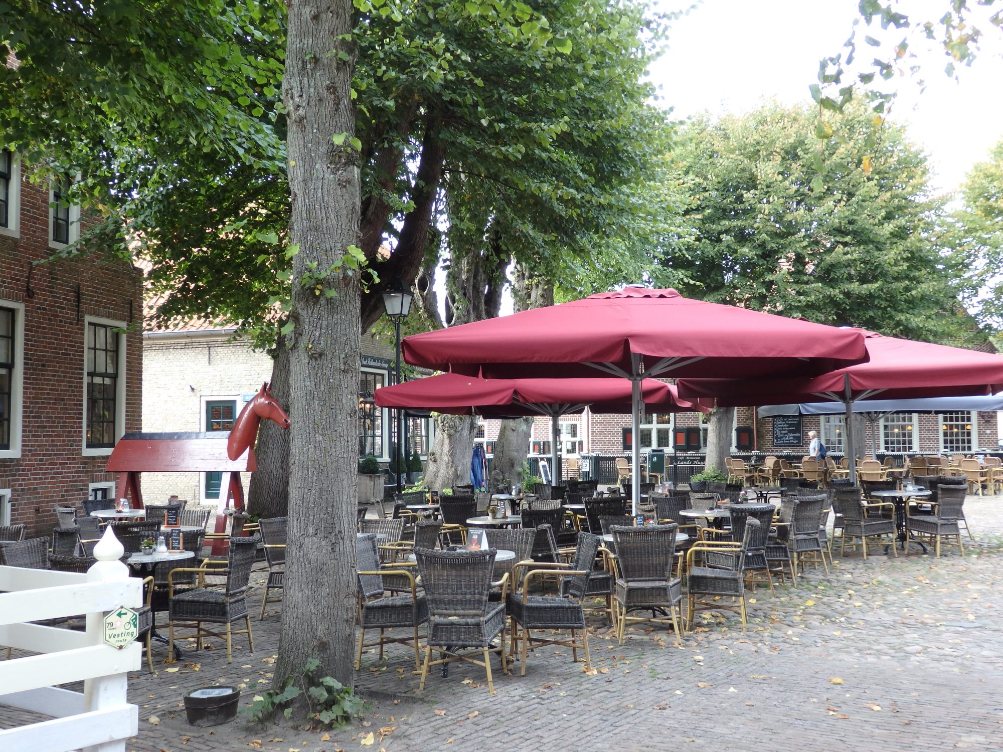 a cafe-restaurant in the central plaza of Bourtange