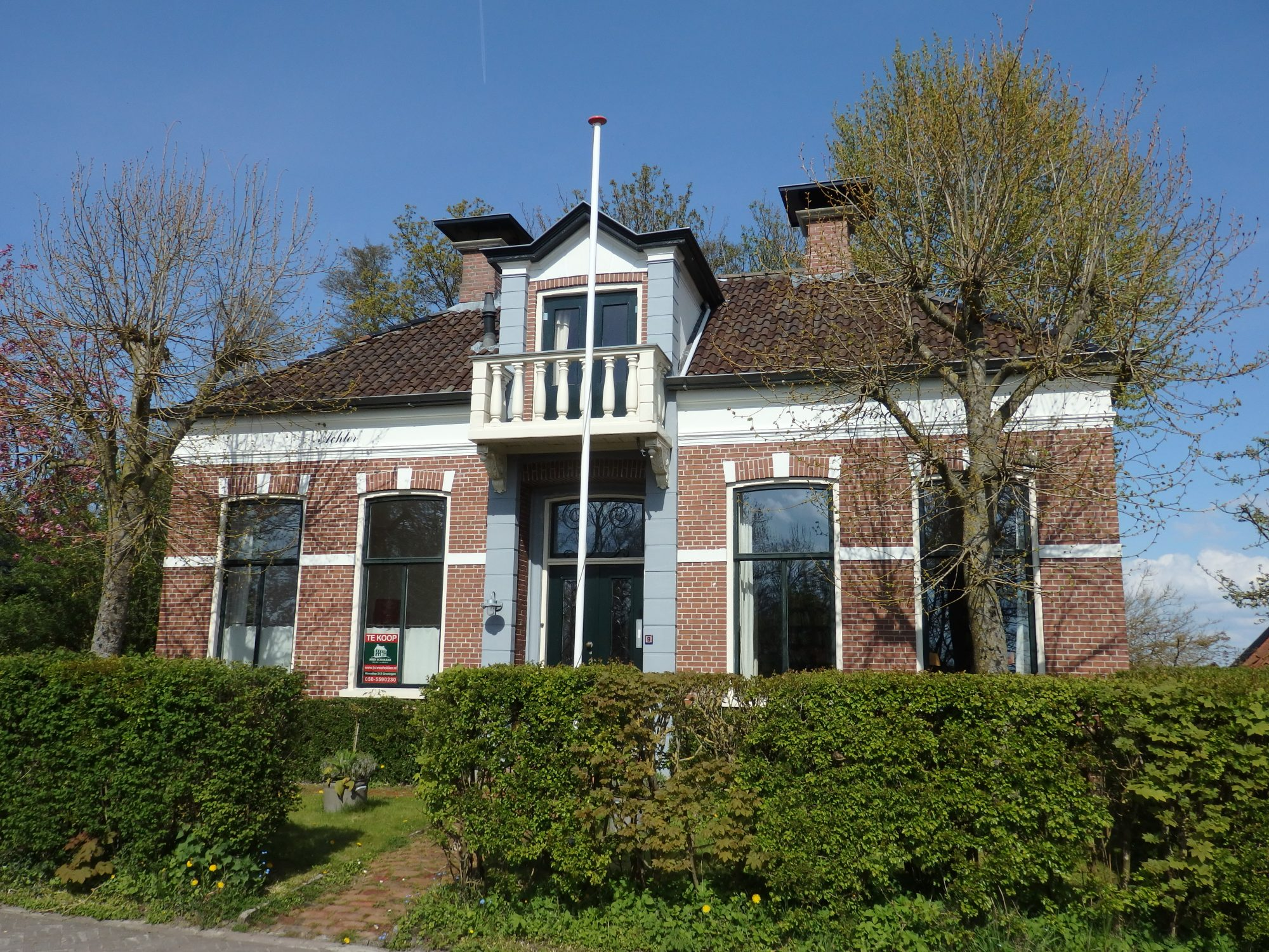 a pretty house in Leermens (It's for sale!)