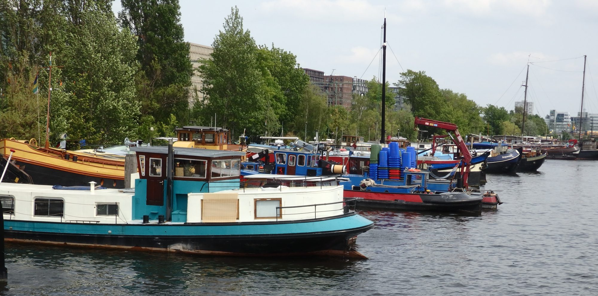 The beginning of the row of houseboats along Dijksgracht in Amsterdam