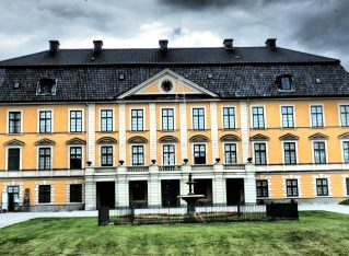 "Nynäs: more than ""Upstairs Downstairs"""