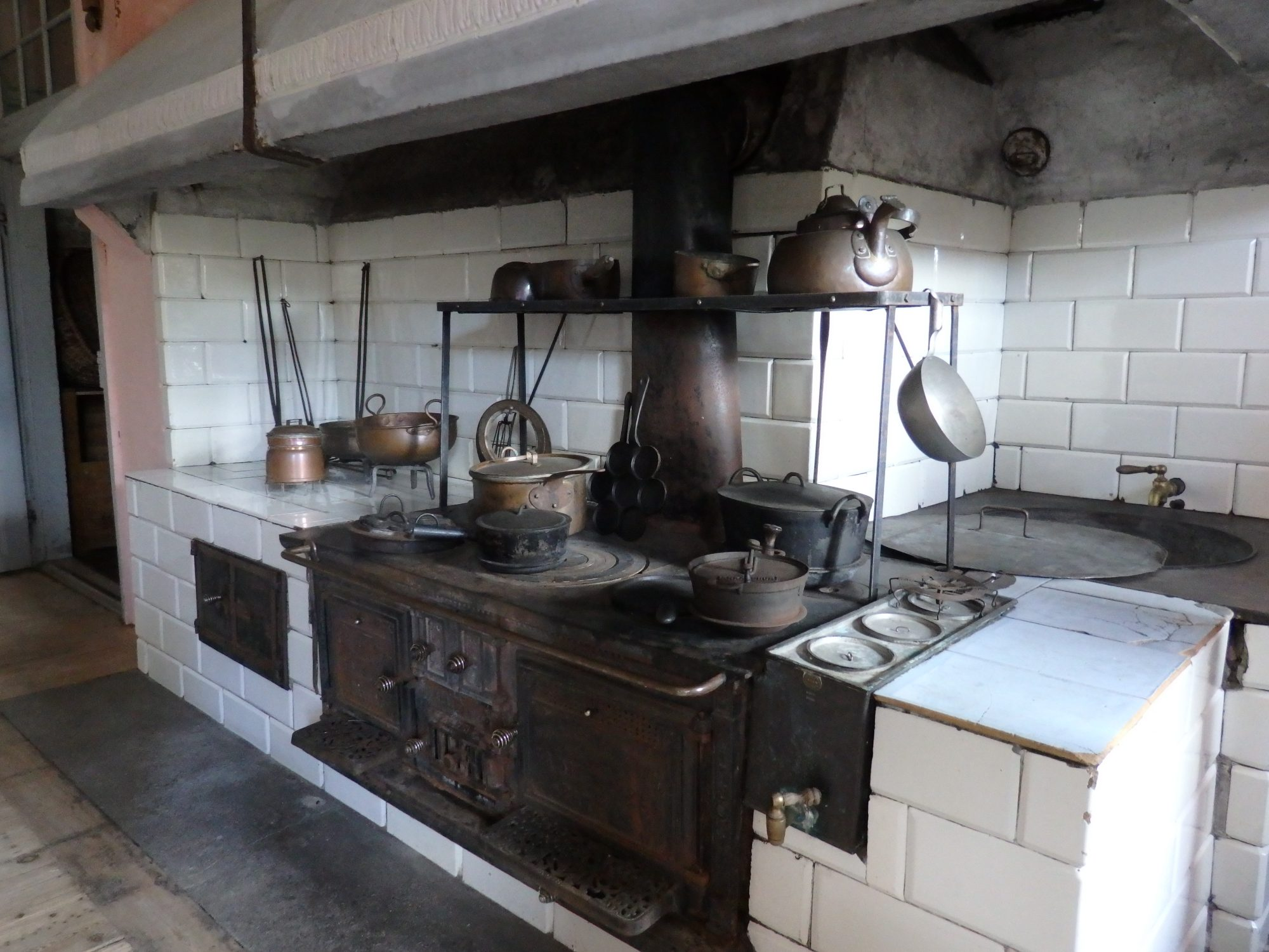 the kitchen in Nynäs manor house