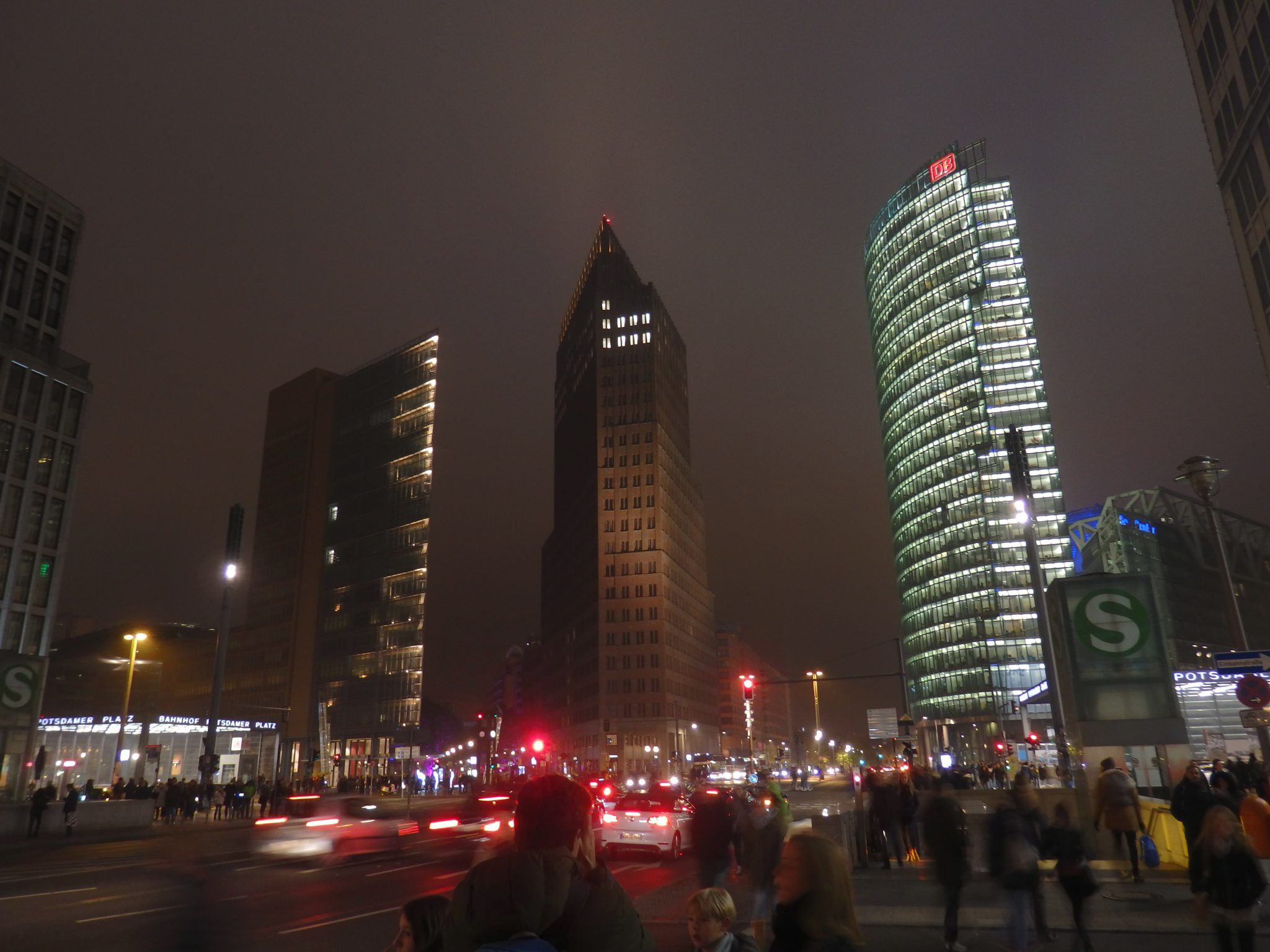 A view of Potsdamer Platz at night