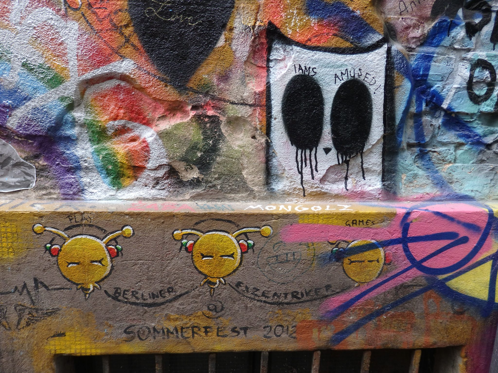 street art near Haus Schwarzenberg, Berlin