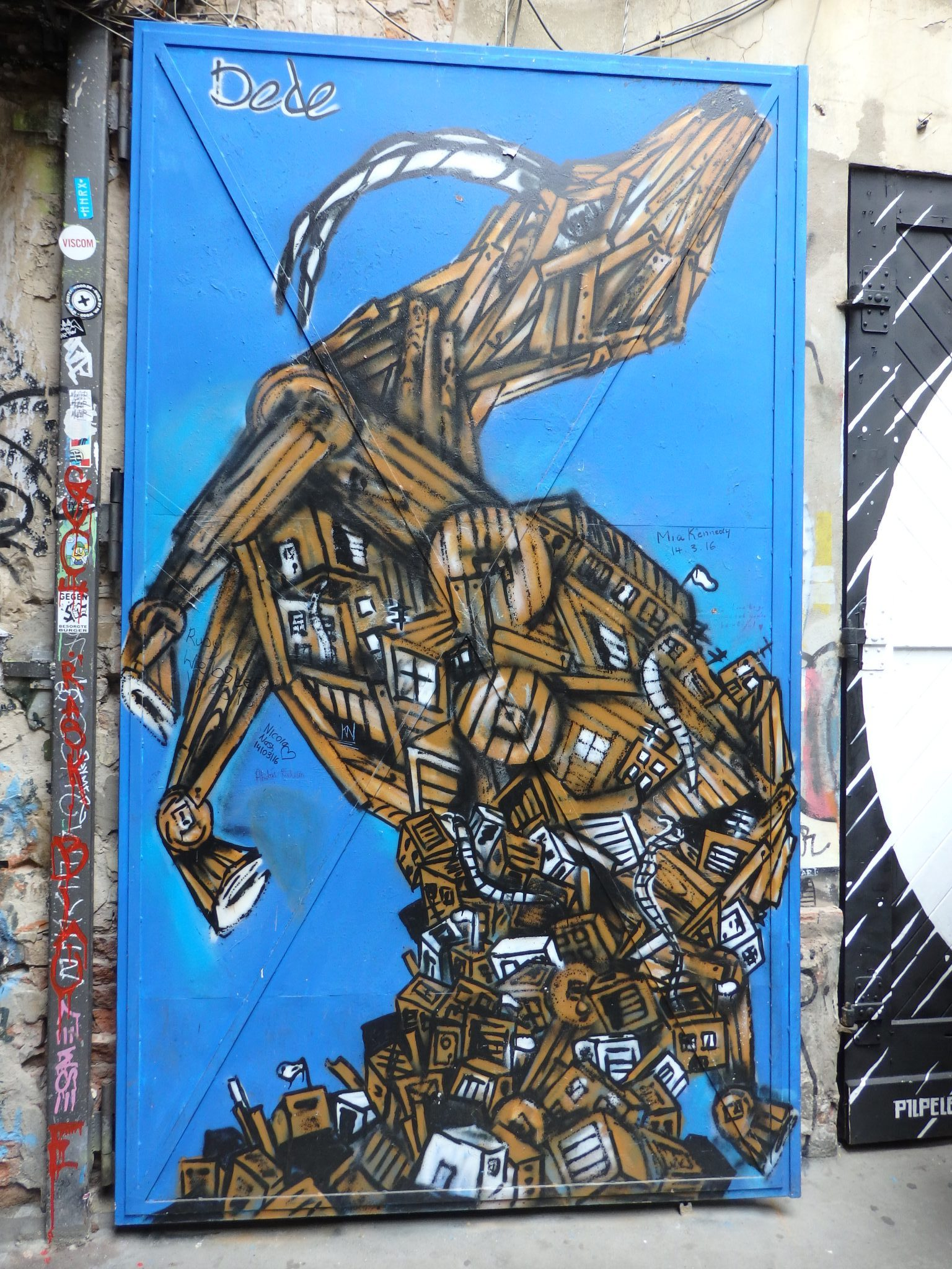 Street art, by Dede, an Israeli artist, at Haus Schwarzenberg, Berlin
