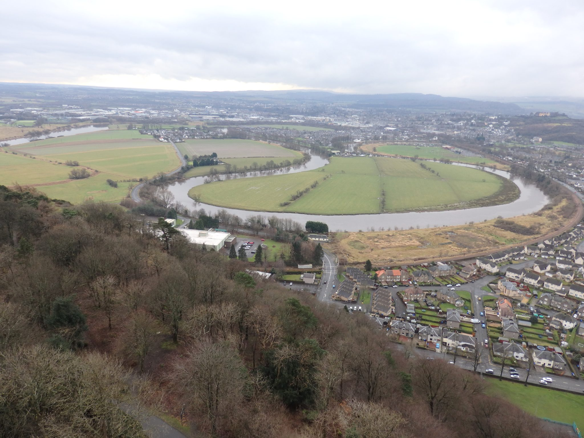 The River Forth meanders through the valley: The Wallace Memorial and a travel blogger's heart