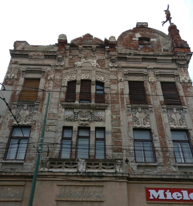 a decaying building in Timisoara: Timisoara photo essay