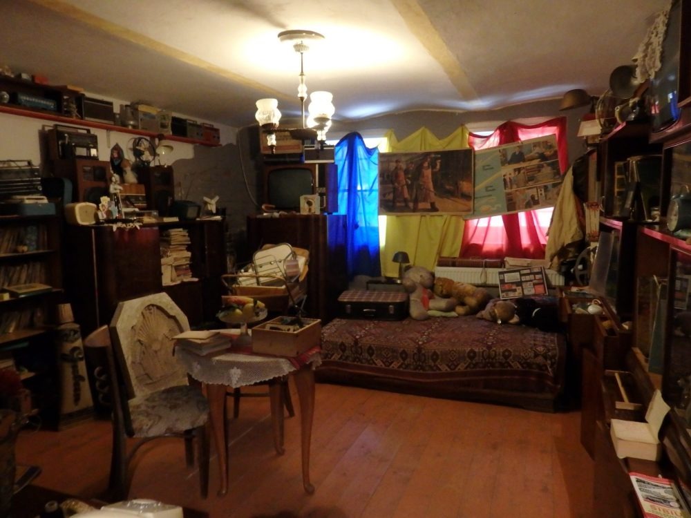 "The ""living room"" at the Communist Consumers Museum"
