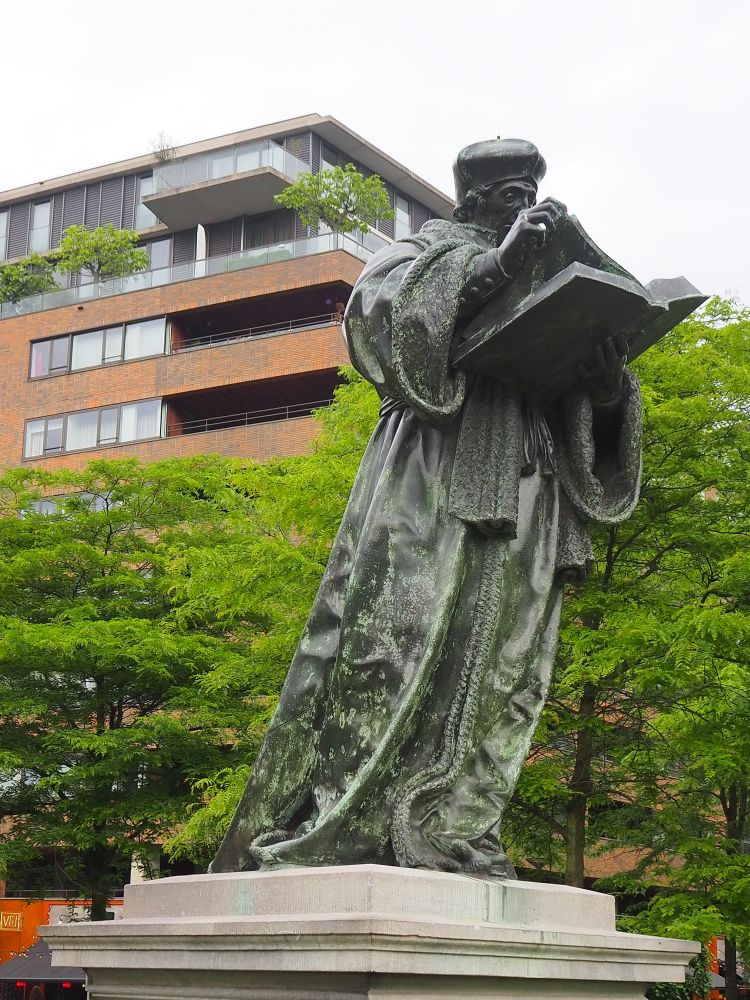 bronze full-size statue of Erasmus: A self-guided Rotterdam walking tour
